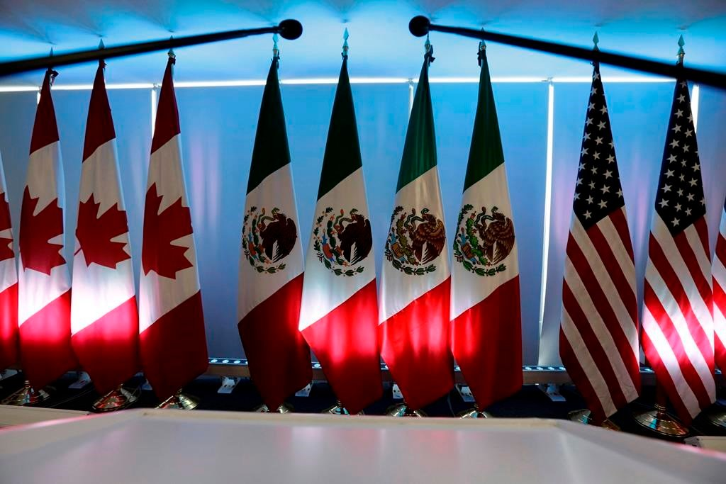 an analysis of long term effects of the nafta agreement in the us mexico economic relations Nafta, short for the north american free trade agreement, has been around since 1994 and was the product of both george hw bush's and bill clinton's administrations.
