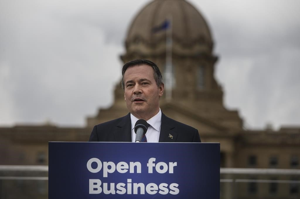Kenney talks pipelines with Trudeau after election win, calls it cordial