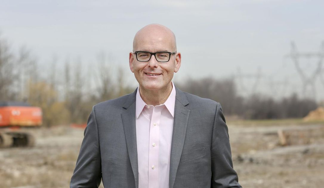 Ontario Liberals leadership candidate Steven Del Duca believes Doug Ford isn't 'competent'