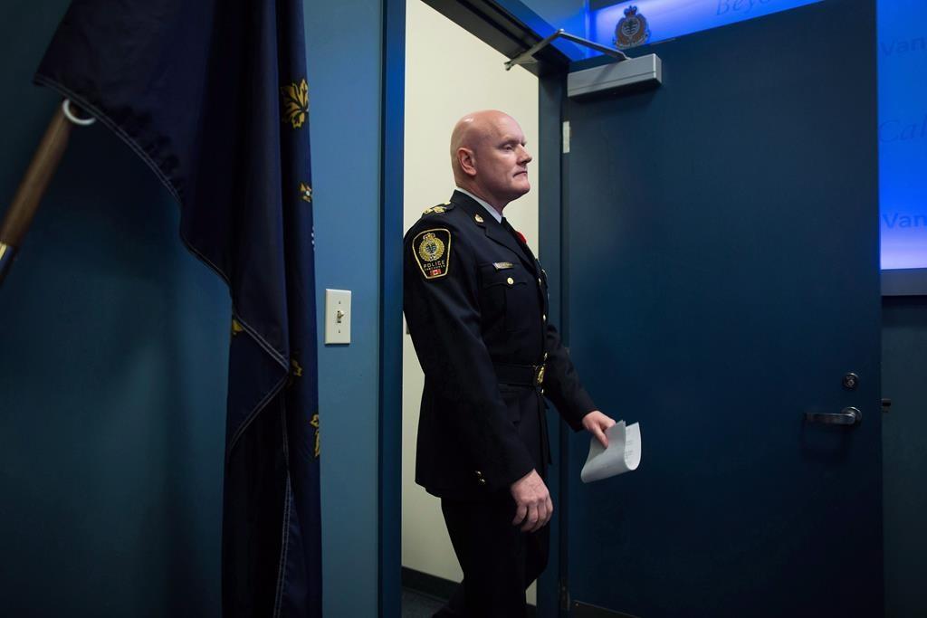Police chiefs call for decriminalization