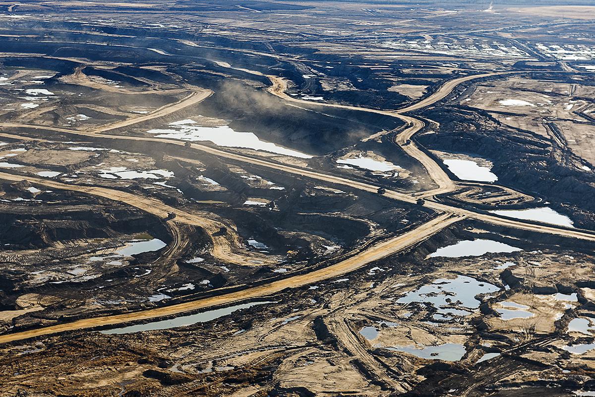 alberta oil sands essay example Write my essay on the alberta oil sands with a focus on the athabasca.