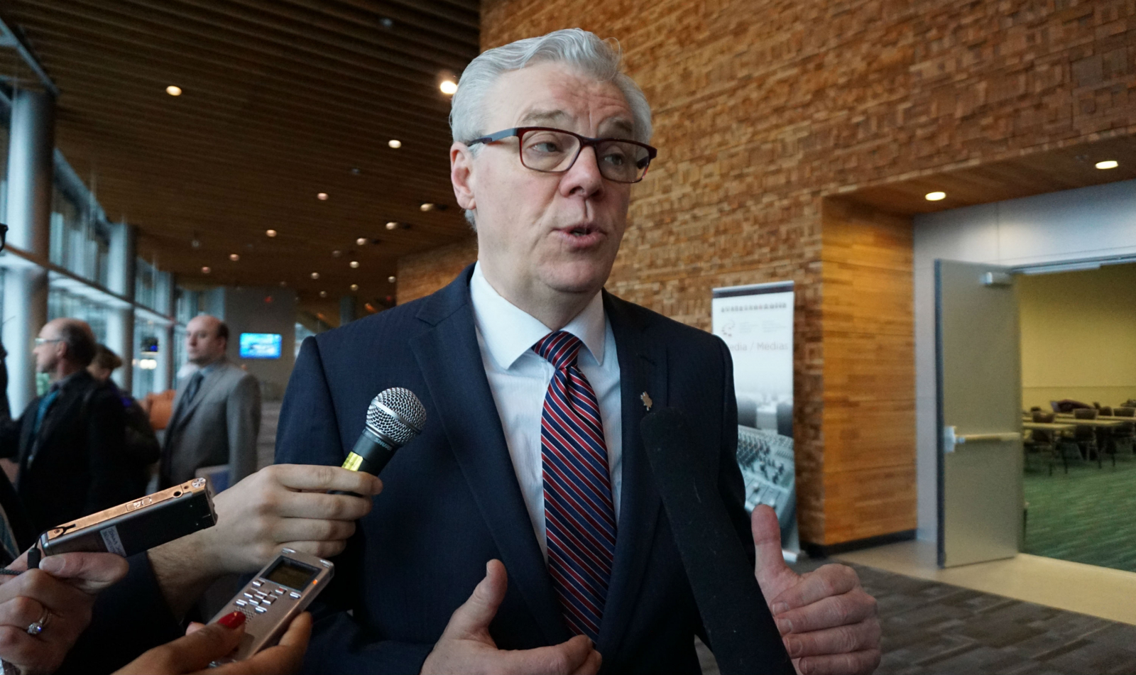 Manitoba, Premier Greg Selinger, carbon pricing, carbon tax, climate change, Vancouver, First Ministers'