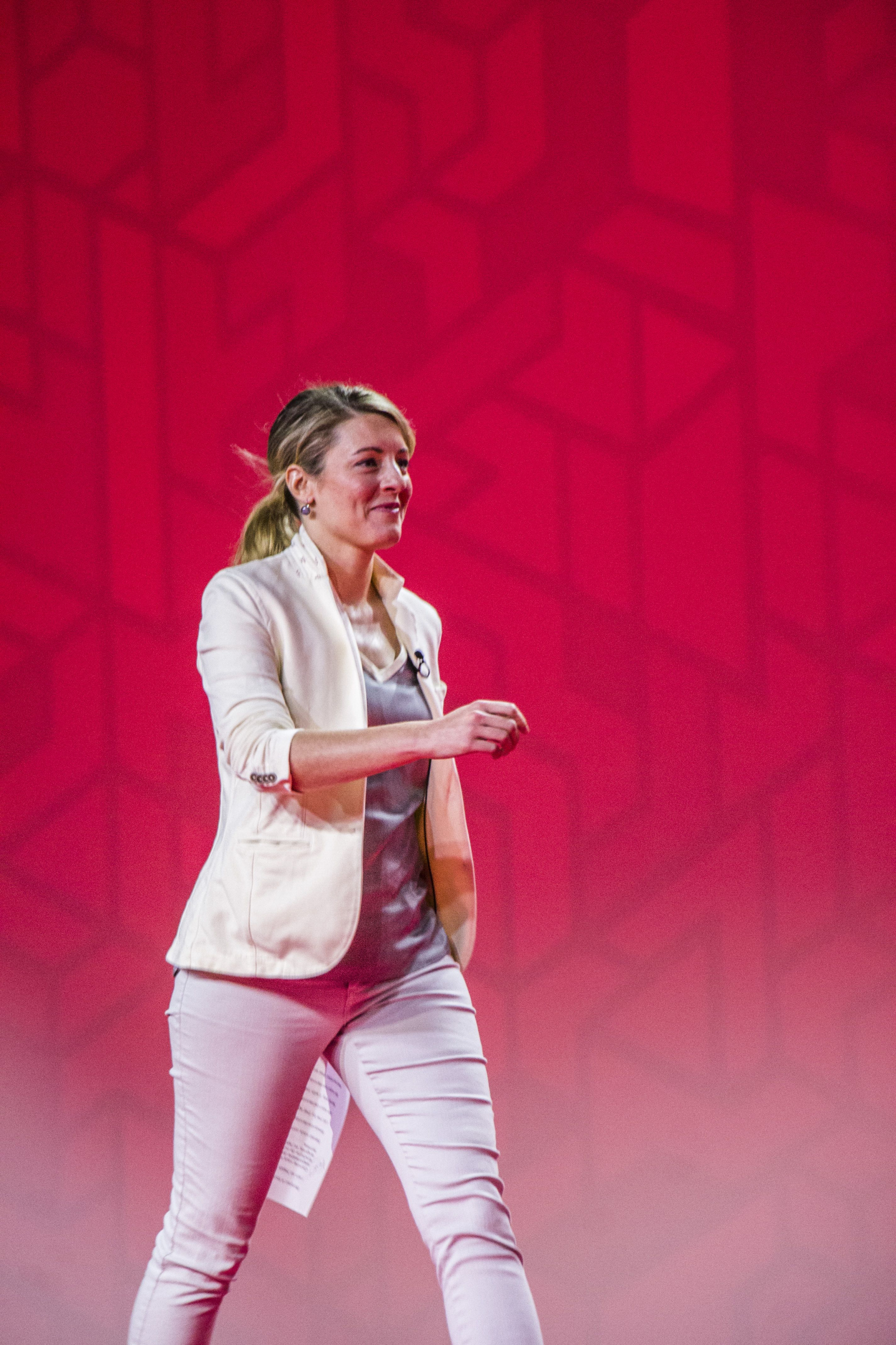 Mélanie Joly, Liberal Party of Canada, Winnipeg, 2016, convention