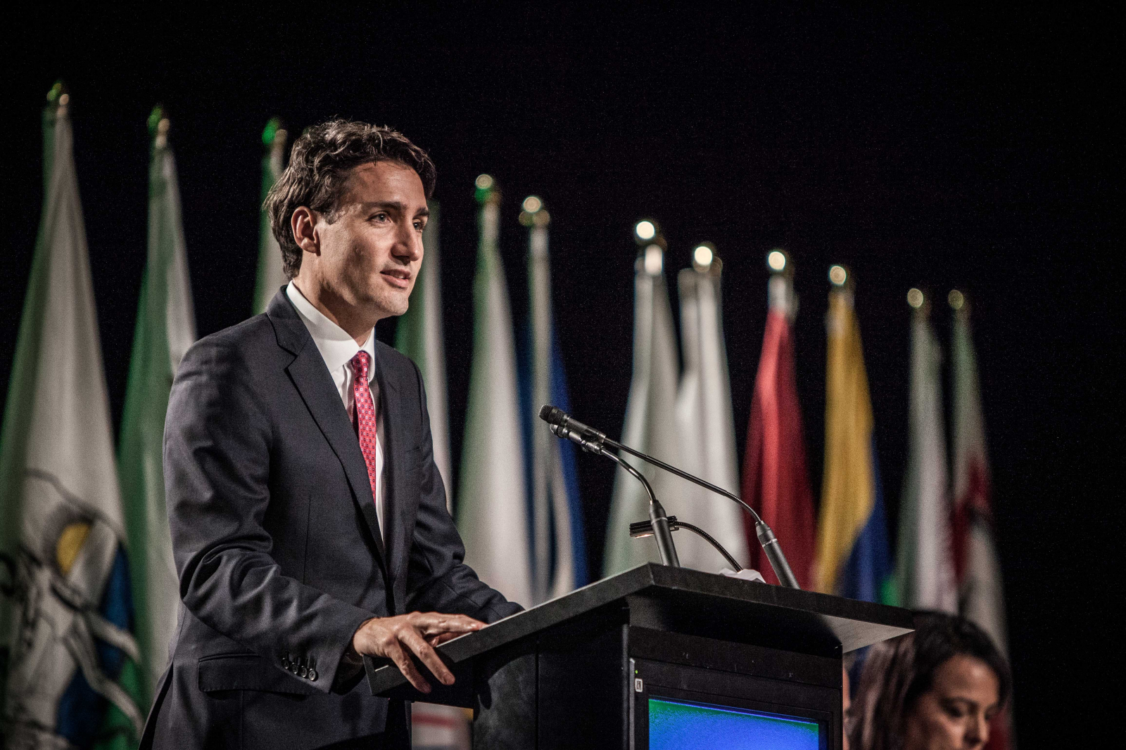 Justin Trudeau, Assembly of First Nations, Mohawks, Gatineau