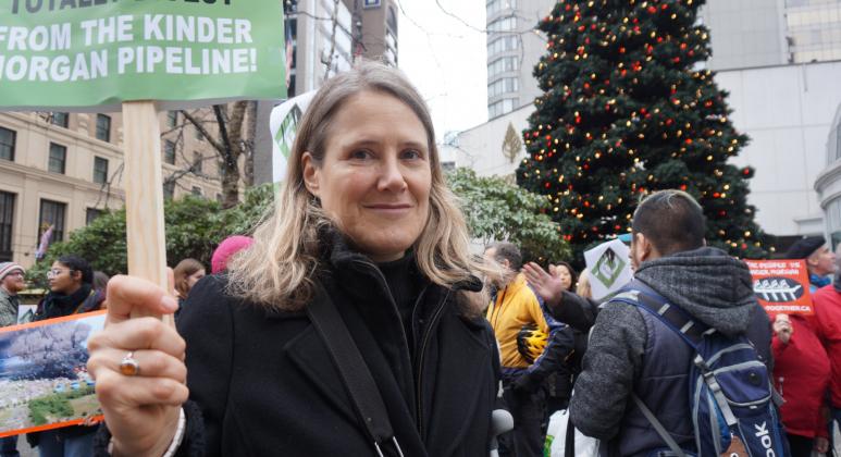 Td Bank Christmas Eve Hours.Vancouverites Urge Td Bank To Divest From Kinder Morgan S