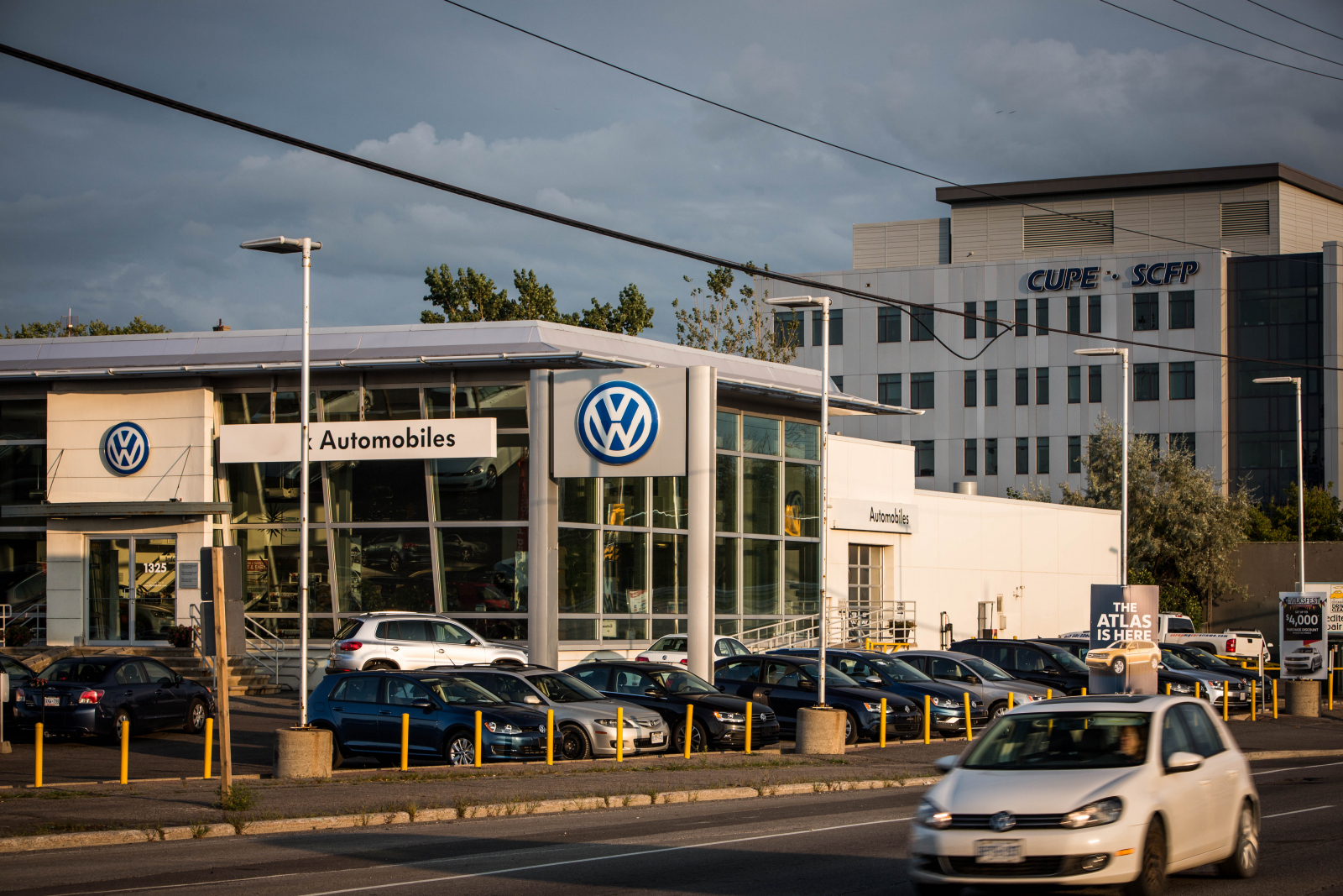 Volkswagen, dealership, Ottawa, emissions, cheating