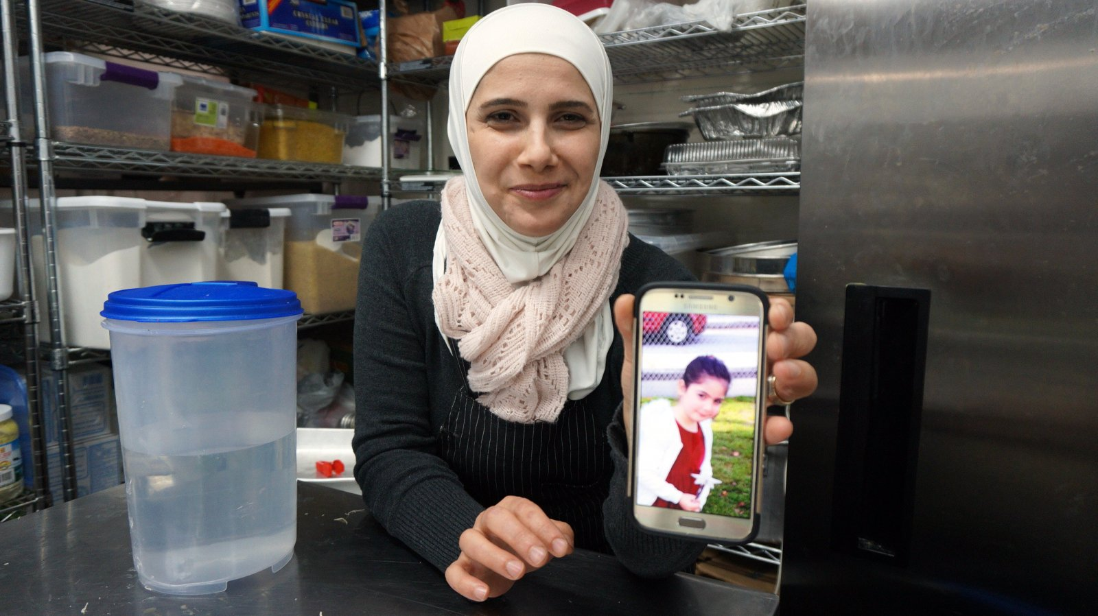 Syrian refugee women in Canada move into job market, bringing cooking skills with them (Canada's National Observer, Mar 9/18).
