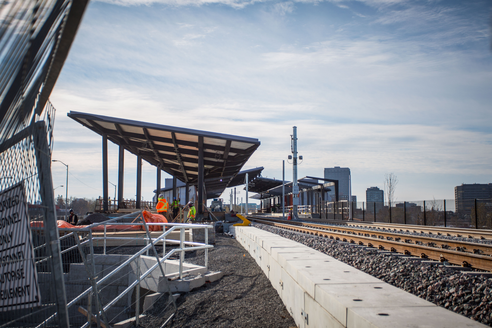 Rideau Centre, Ottawa, LRT, OC Transpo, University of Ottawa, public transit