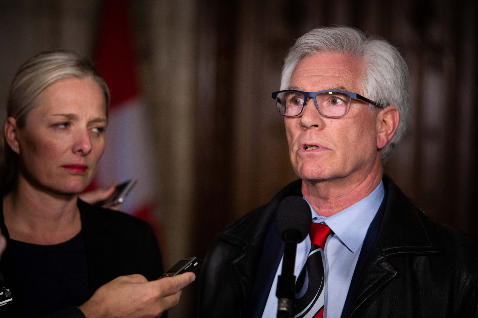 Jim Carr, Catherine McKenna, Natural Resources Canada, Ottawa, Kinder Morgan, Trans Mountain expansion, pipeline