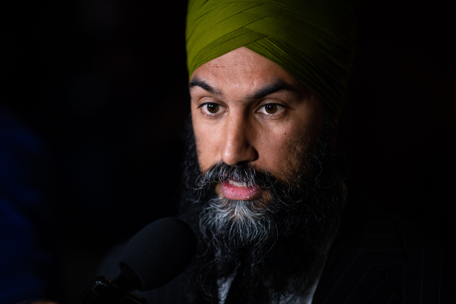 Federal NDP leader denies prior knowledge of Christine Moore allegations