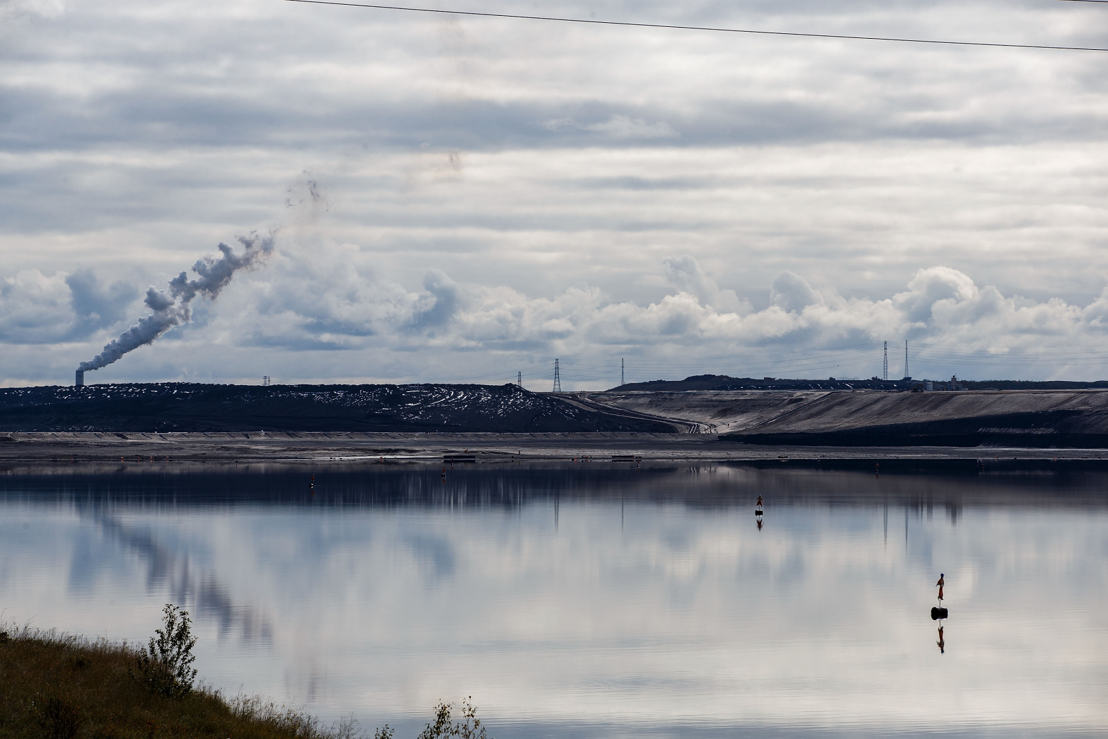 Suncor, tailings pond, Fort McMurray, Alberta, oilsands