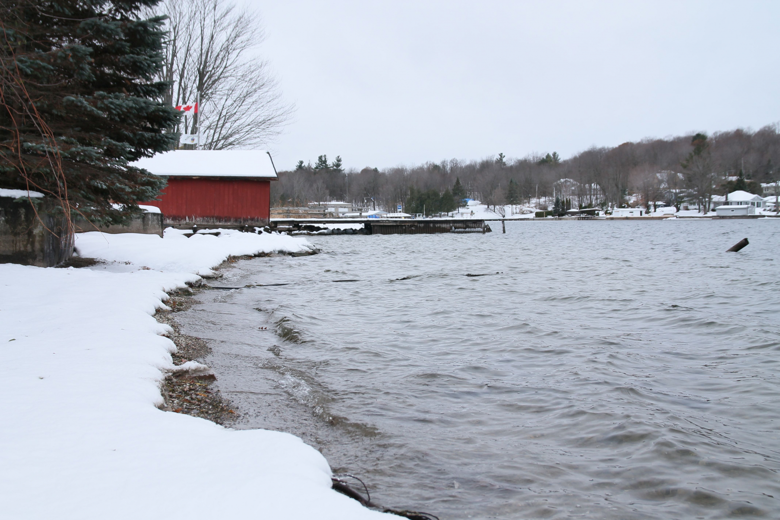 On Huge Rideau Lake, the clock ticks - Seighford Lakes Waterfront ...