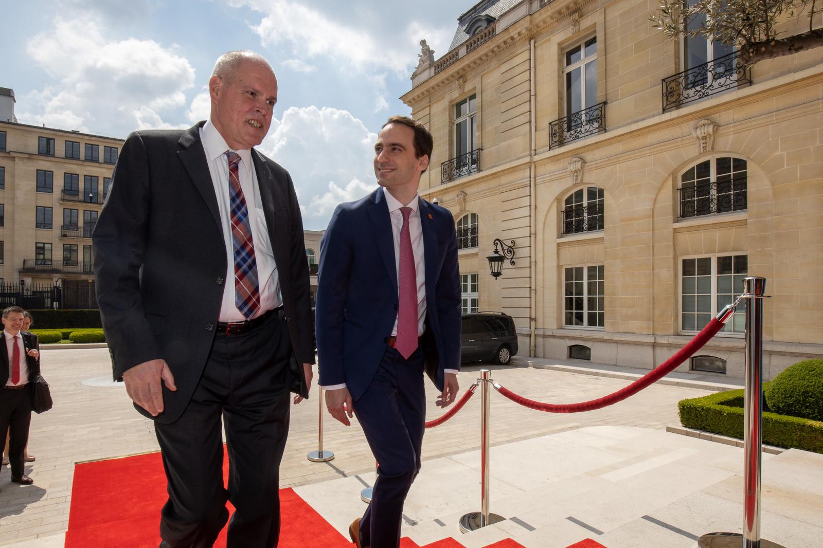 OECD, AI, Paris, US