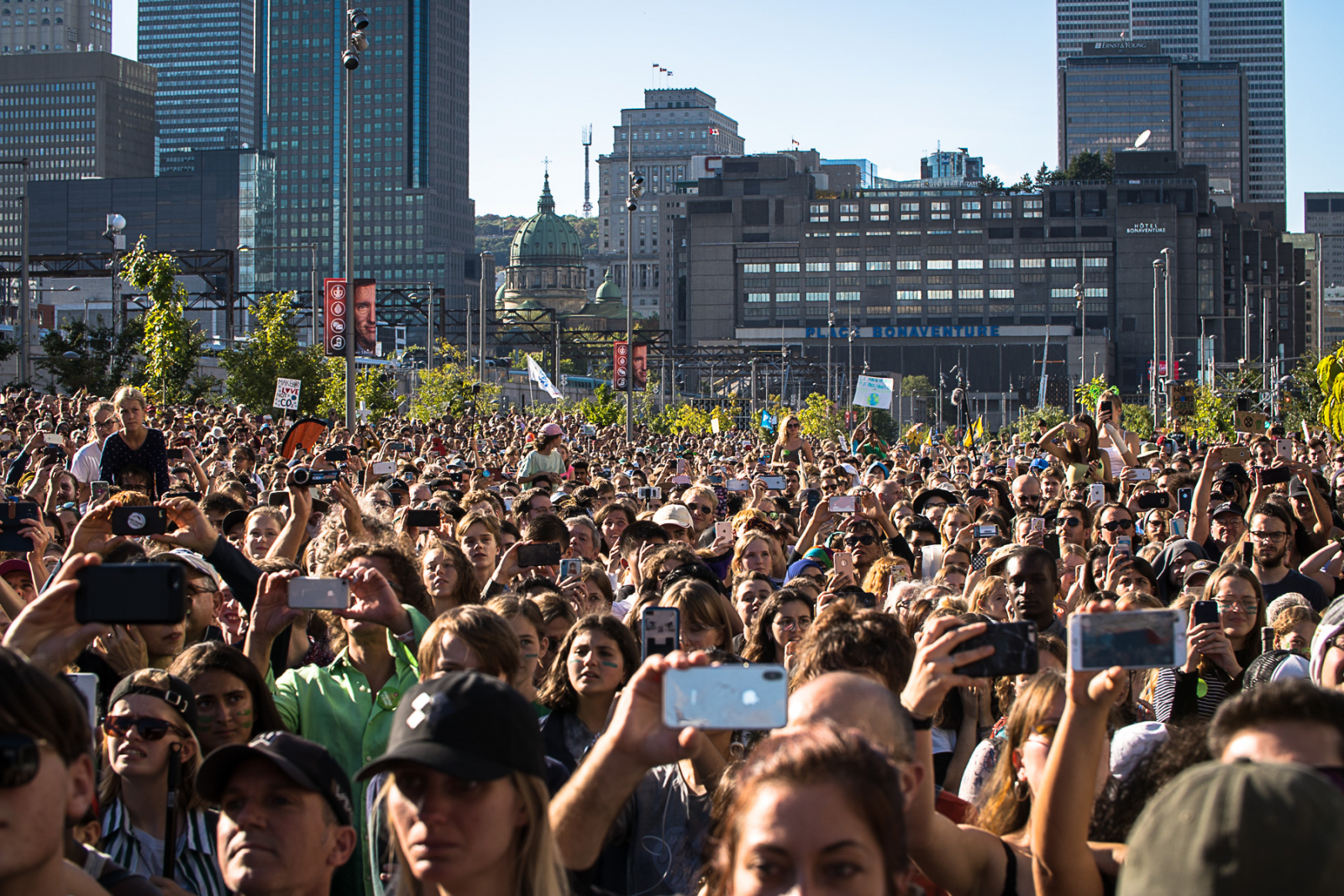 Mighty Greta motivates massive Montreal climate march