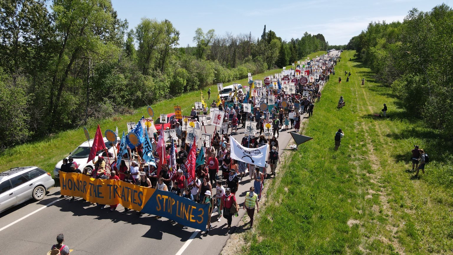 Crowd marches to stop Line 3