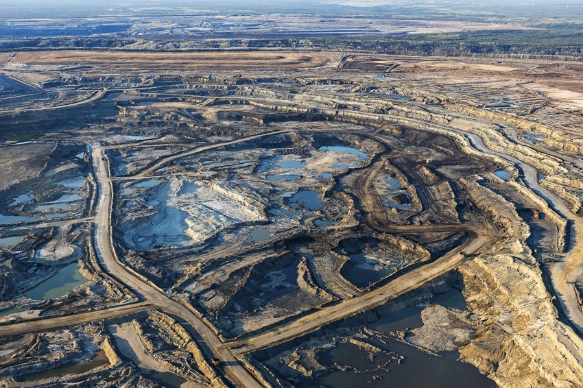 Canadian Oil Sands Responds To Hostile Suncor Bid With