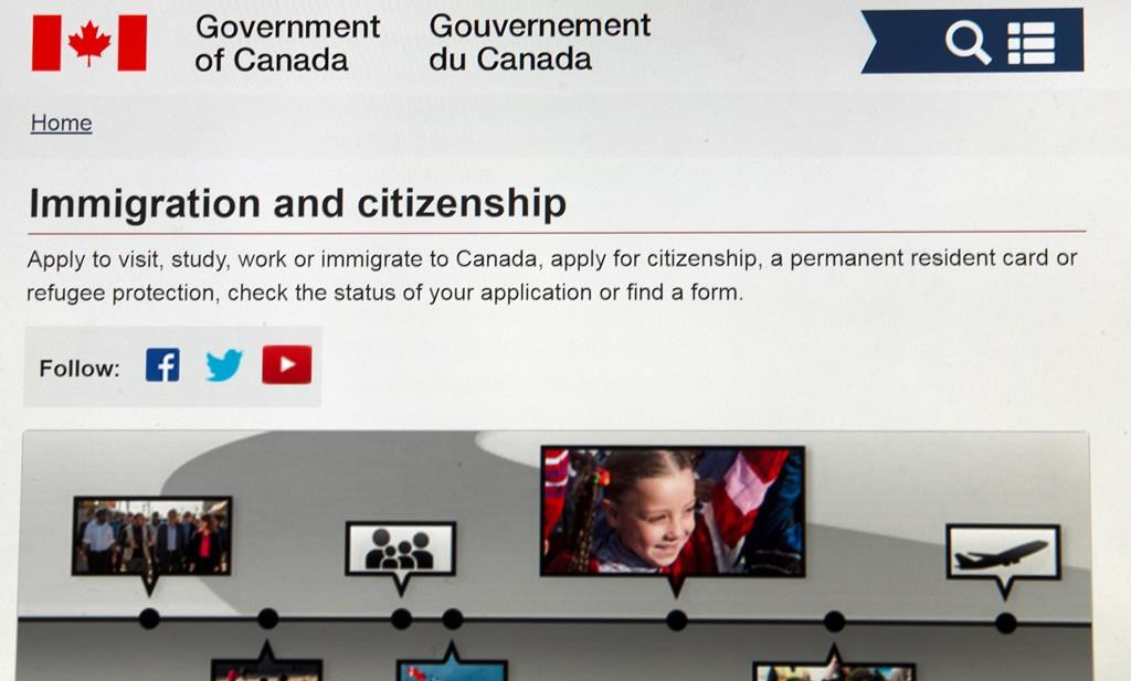 100 000 frightened americans took down canada immigration site national observer - Bureau immigration canada ...