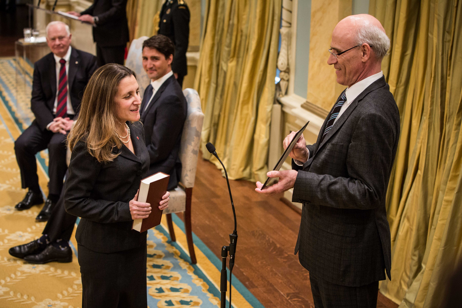 First Woman Cabinet Member Canada Swears In First Female Foreign Affairs Minister In 24 Years