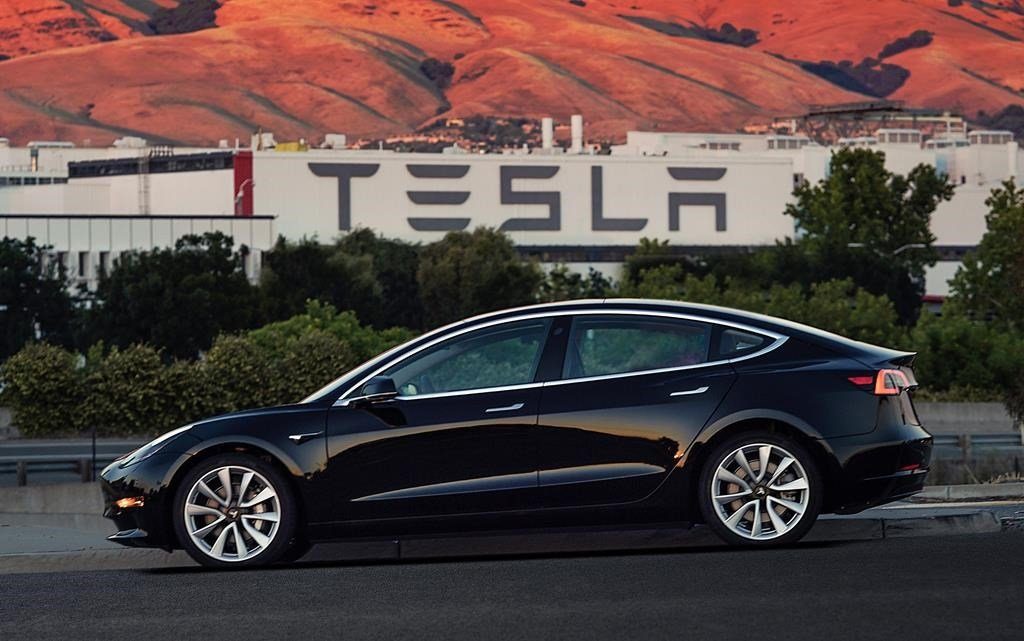 Tesla adding service centres as Model 3 goes on sale | National Observer