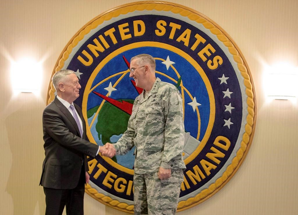 U S  nuclear commander says he would resist 'illegal' order