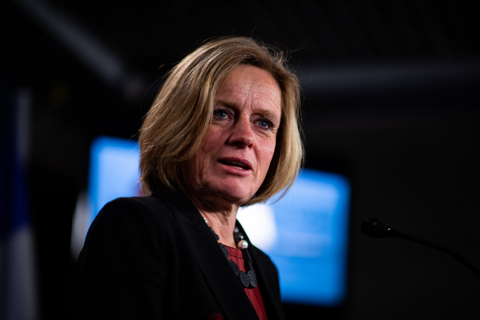 Alberta Ups Kinder Fight With Ad Campaign, Oil Cutoff Law
