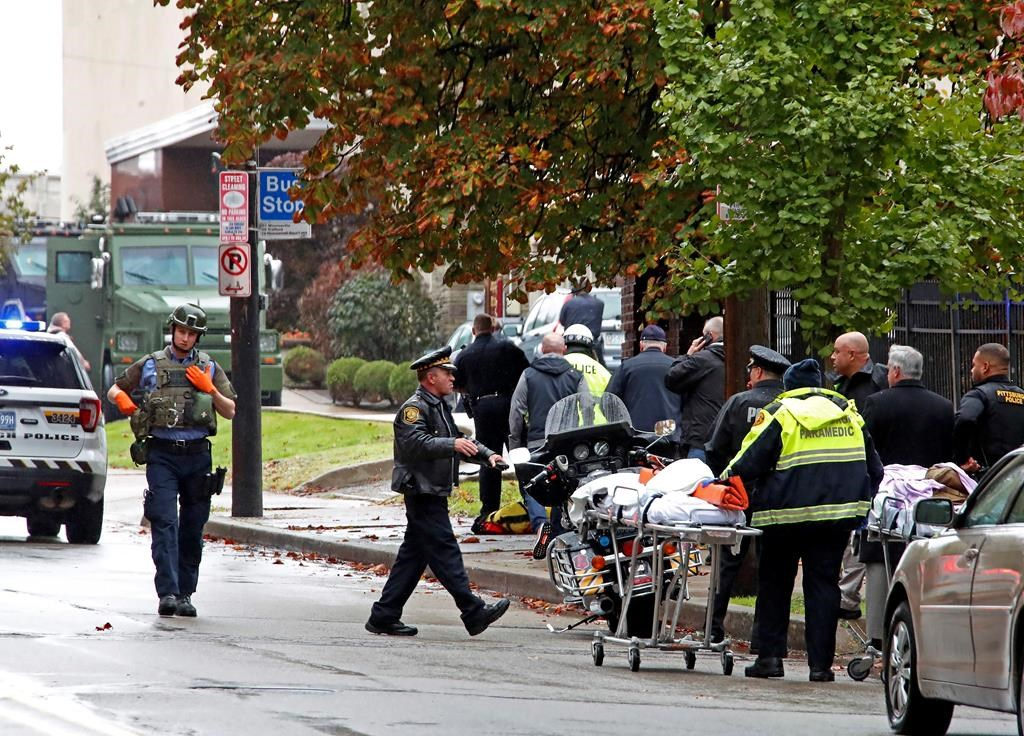 Gunman who killed 11 in USA  synagogue likely acted alone