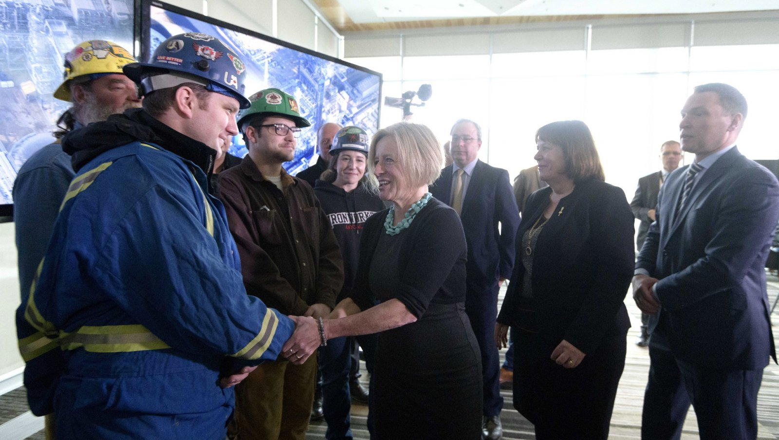 'Part of the solution:' Alberta seeks proposals to build new refinery