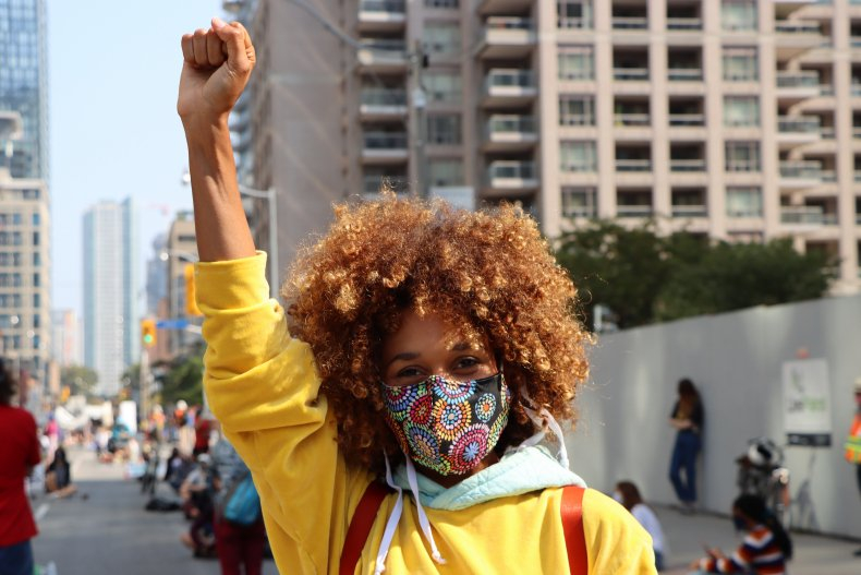 Lindura Sappong raises her fist during a climate protest in Toronto on Sept. 25, 2020. Photo by Alastair Sharp