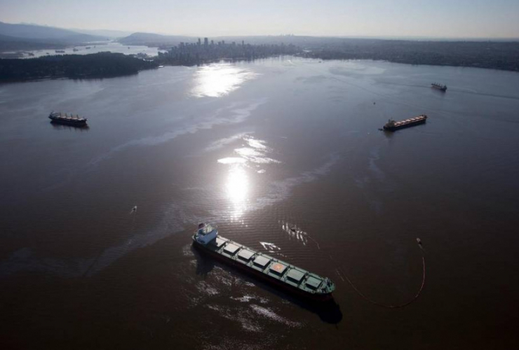Canadian Press, Aerial view of oil spill