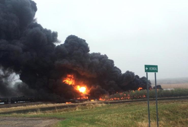 environment, train travel, derailment, energy transport