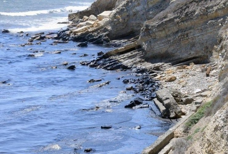 Oil spill, Pipeline, Coastal contamination, Environment