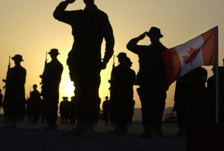 Canadian soldiers, military service, department of defence