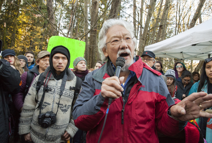 David Suzuki on Burnaby Mountain during Kinder Morgan protests Nov 2014 - Mychaylo Prystupa