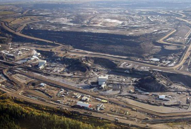 tar sands, Fort McMurray, oil sands, Suncor, Alberta