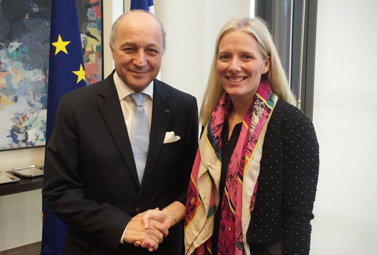 Minister McKenna meeting with Laurent Fabius, French Minister of Foreign Affairs and International Development, at pre-COP