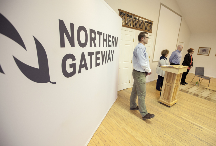 Northern Gateway pipeline meeting in Kitimat - Mychaylo Prystupa