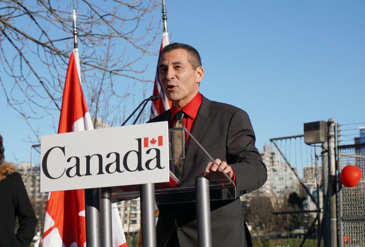 Fisheries and Oceans Canada, Canadian Coast Guard, Hunter TooToo, Liberal Government, Kitsilano Coast Guard