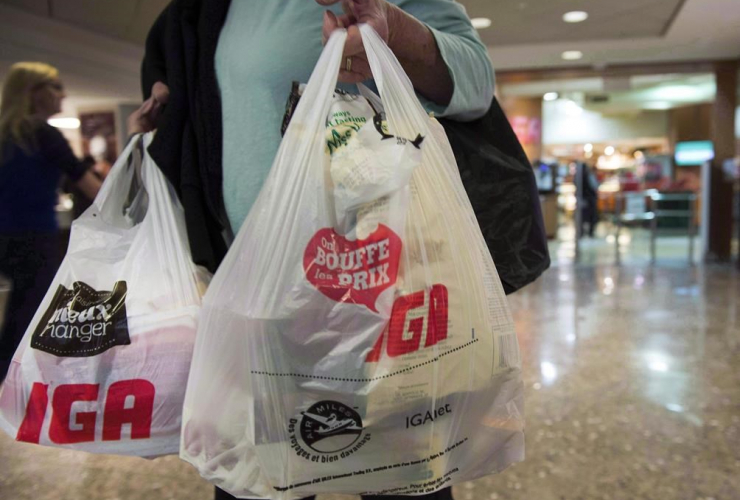 Montreal Mayor Denis Coderre plans to ban plastic bags by 2018