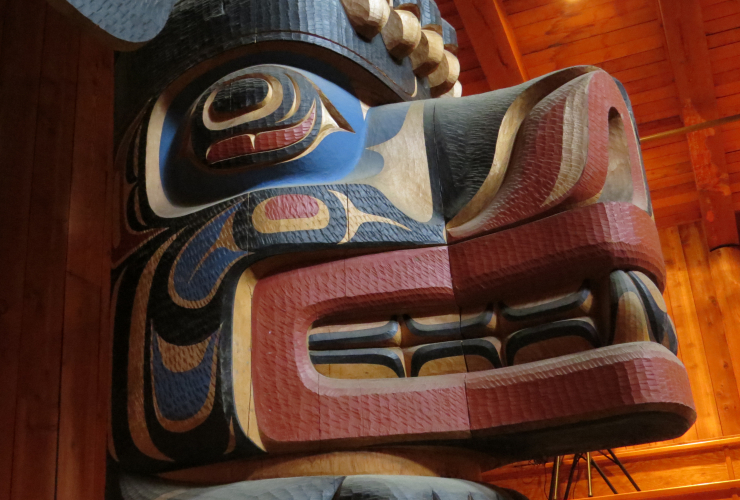 Big House, Klemtu, Kitasoo/Xai'xais, Spirit Bear Lodge, Great Bear Rainforest