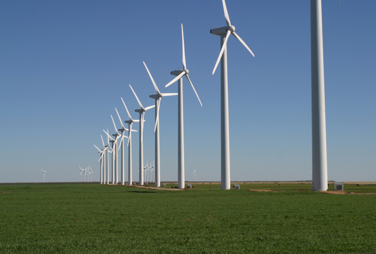 Windmills, Wikimedia, solar power, wind turbines, wind energy