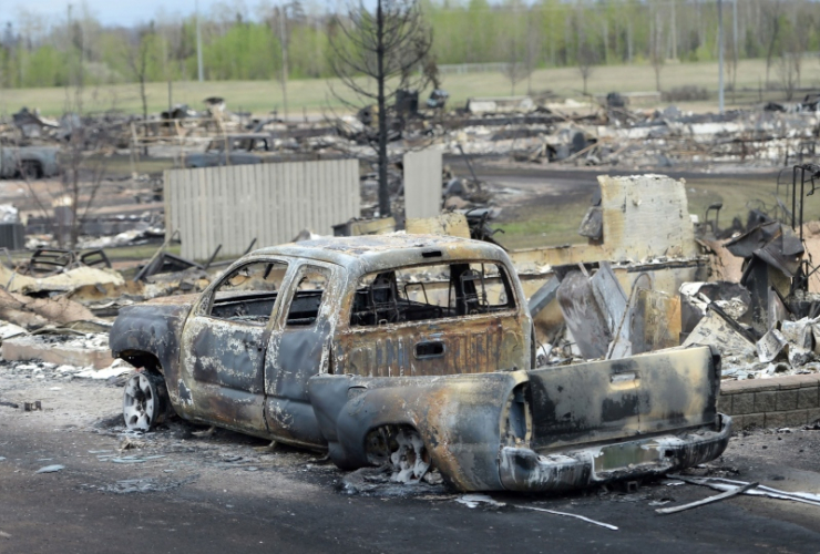 Fort McMurray fire, Fort Mac fire, #ymmfire, wildfires, Fort McMurray