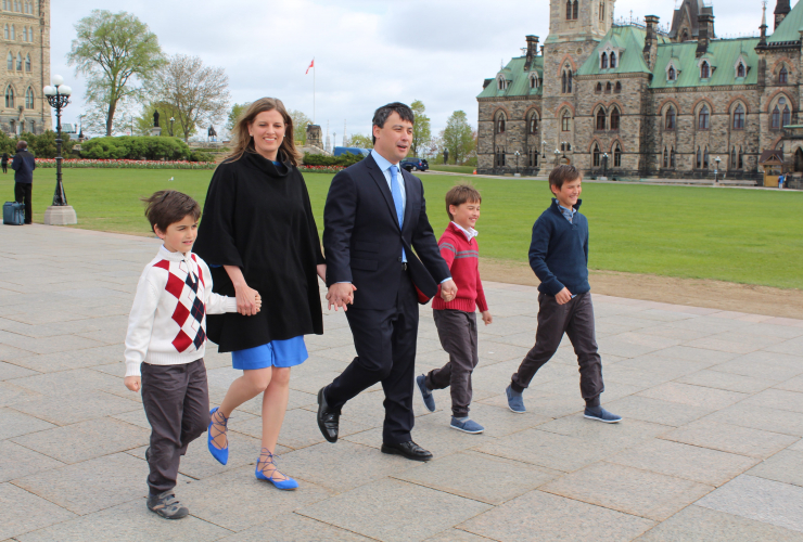 Michael Chong, Conservative Party of Canada, leadership race, carbon pricing