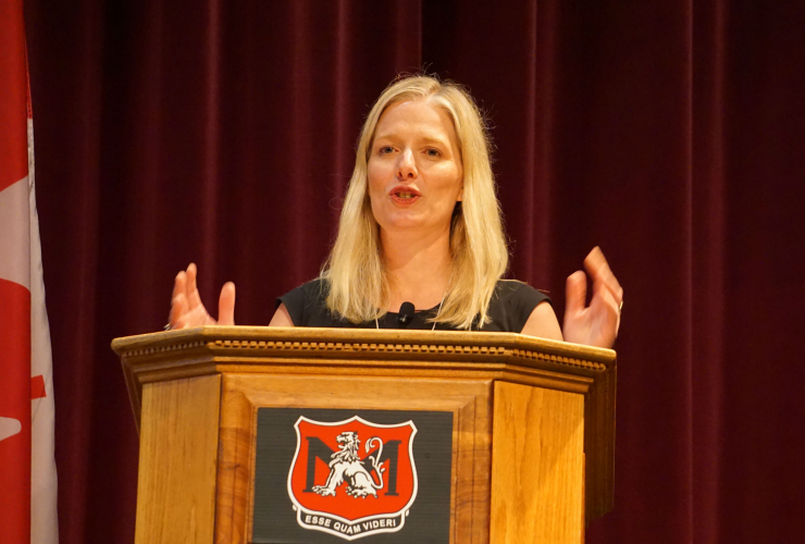 Catherine McKenna, Environment and Climate Change Canada, climate change, Kinder Morgan, Enbridge Northern Gateway