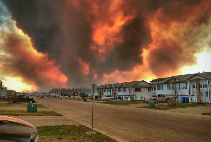 The wildfire blazes out of control in Fort McMurray. Photo by Raz Dee/Facebook