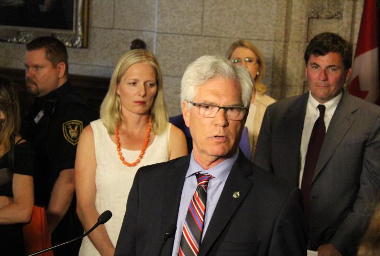 Catherine McKenna, Jim Carr, Canadian environmental laws, Stephen Harper