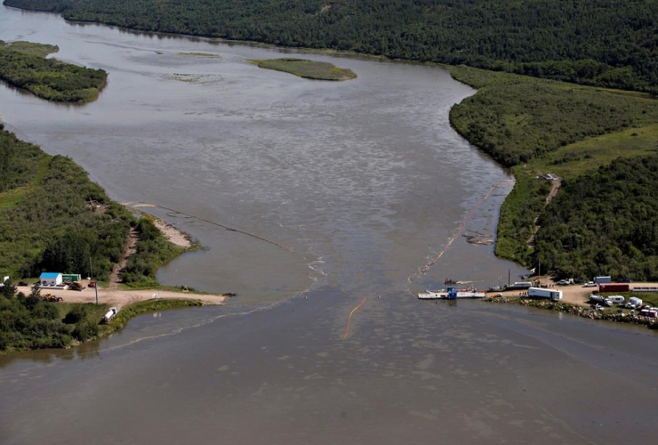 Husky oil spill, Husky Energy, North Saskatchewan river, pipeline spill, wildlife