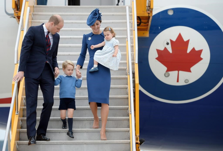 Prince William, Kate, Prince George, Princess Charlotte, Victoria, Royal Family