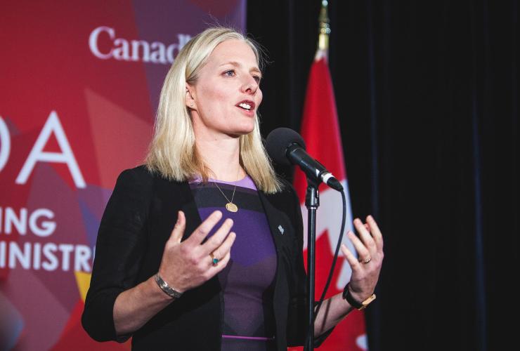 Catherine McKenna, Ottawa, climate change