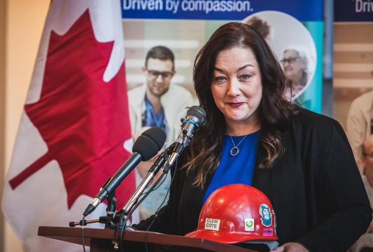 Michelle Cote, asbestos, Ottawa Hospital