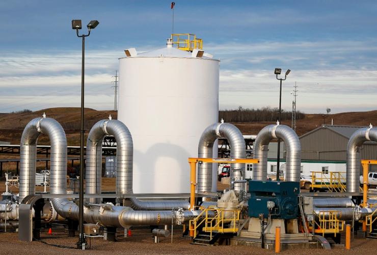 TransCanada's Keystone pipeline facilities in Hardisty, Alta., on Friday, Nov. 6, 2015. Jeff McIntosh/CP